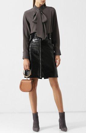 Шелковая блуза с воротником-стойкой и бантом   Фото №2
