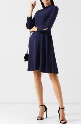Однотонное платье с воротником-стойкой BOSS темно-синее | Фото №1