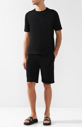 Резиновые шлепанцы с логотипом бренда Versus Versace черные   Фото №1