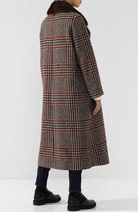 Шерстяное пальто с меховым воротником | Фото №4