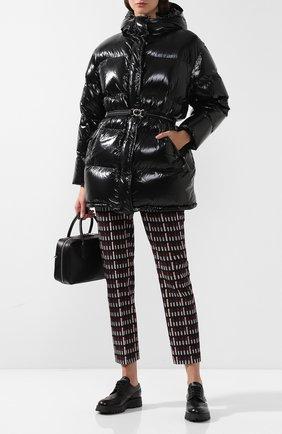 Стеганая куртка с поясом и капюшоном | Фото №2