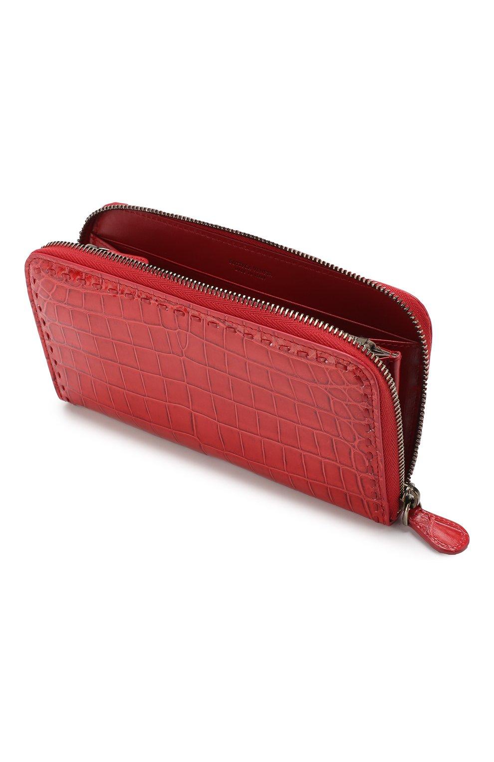 Кошелек из кожи крокодила на молнии Bottega Veneta красного цвета | Фото №3