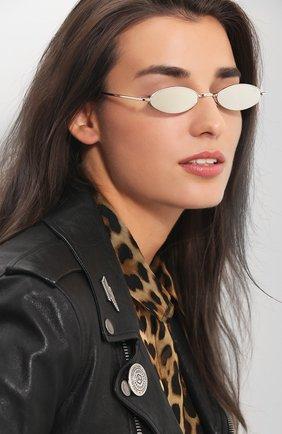 Женские солнцезащитные очки SPEKTRE серебряного цвета, арт. XYZ 02B | Фото 2