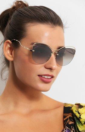 Женские солнцезащитные очки MIU MIU темно-серого цвета, арт. 50TS-ZVN500 | Фото 2