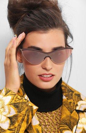 Мужские солнцезащитные очки MAISON MARGIELA золотого цвета, арт. MMECH0 002/EB0NYBR0WN/CHAMPAGNEG0LD/CHAMPAGNEG0LD | Фото 2