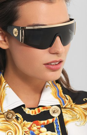 Женские солнцезащитные очки VERSACE черного цвета, арт. 2197-100087 | Фото 2