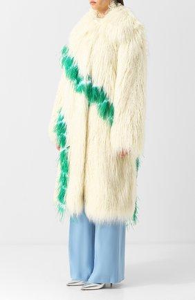 Пальто из эко-меха Dries Van Noten кремвого цвета | Фото №3
