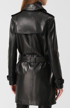 Двубортное кожаное пальто с поясом | Фото №4