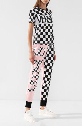 Хлопковые брюки с логотипом бренда Versus Versace разноцветные   Фото №1