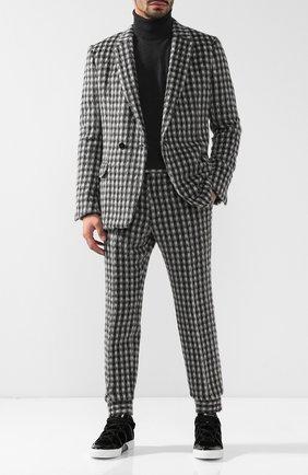 Костюм из смеси шерсти и кашемира с пиджаком на двух пуговицах | Фото №1