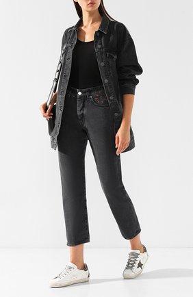 Укороченные джинсы с потертостями Two Women In The World серые | Фото №2