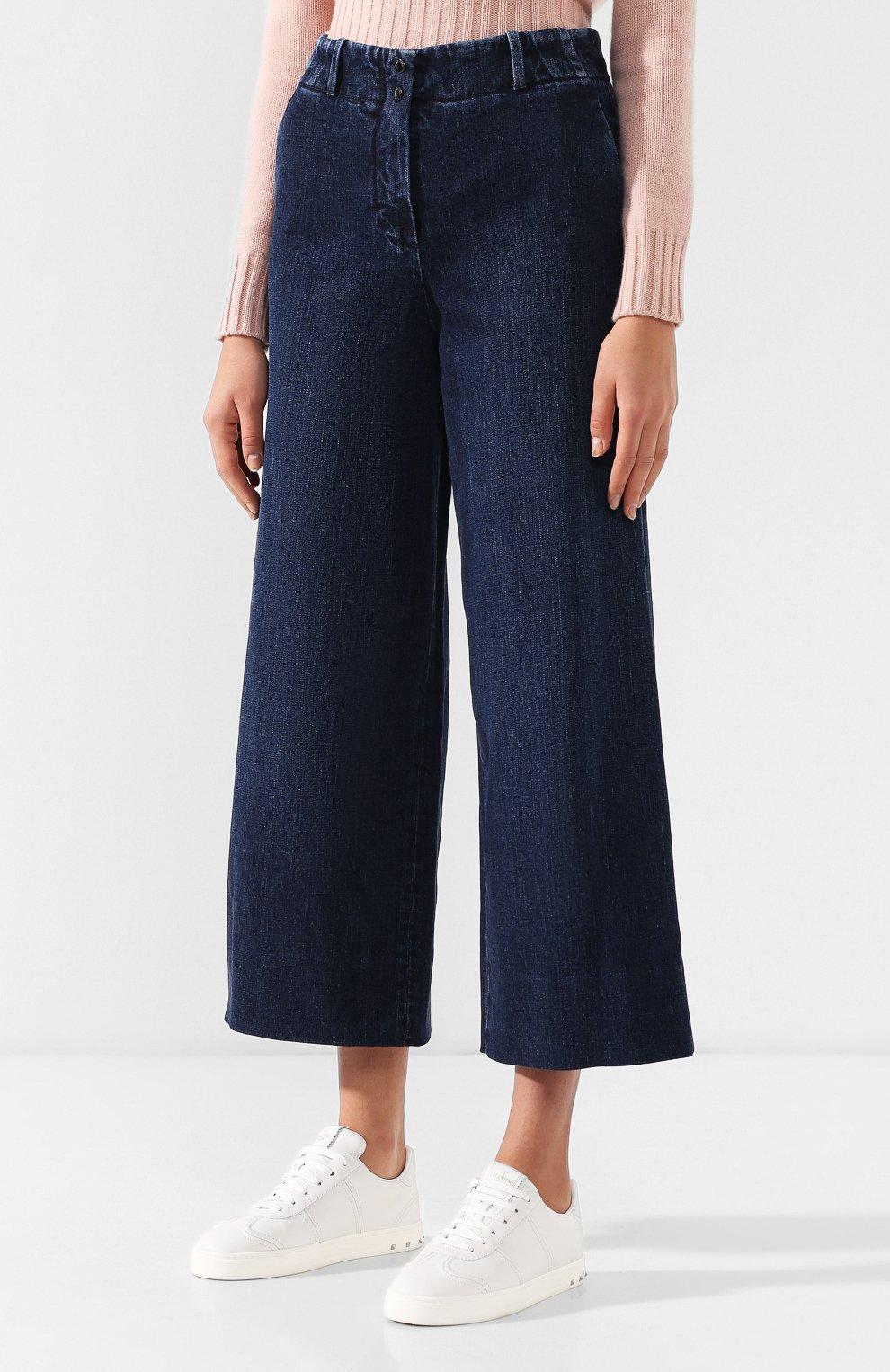 Женские укороченные джинсы с потертостями LORO PIANA синего цвета, арт. FAI2679   Фото 3