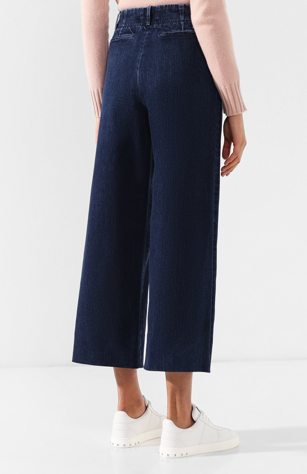 Женские укороченные джинсы с потертостями LORO PIANA синего цвета, арт. FAI2679   Фото 4