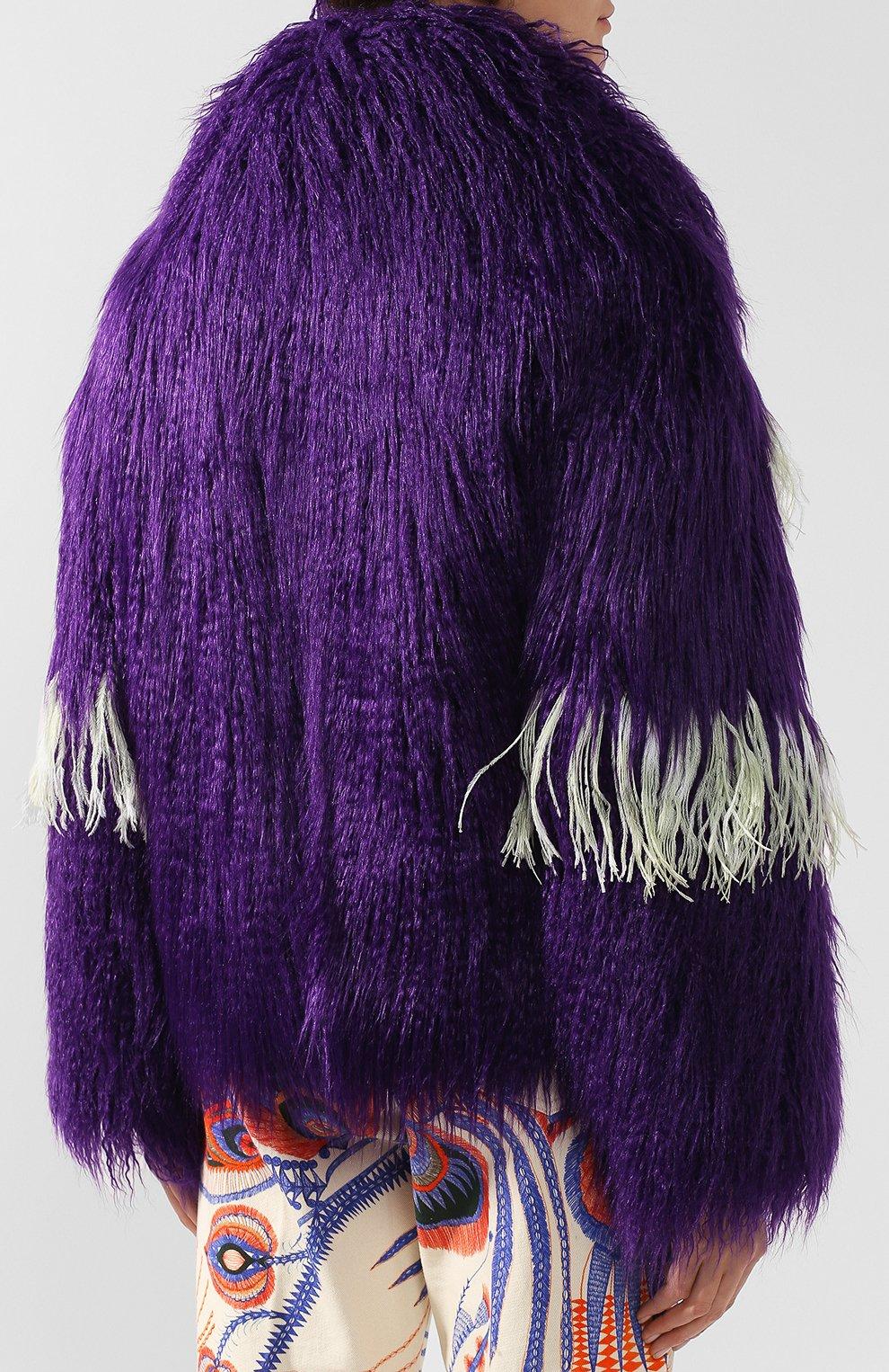 Меховое пальто с контрастными перьями   Фото №4