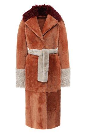 Меховое пальто из овчины с поясом | Фото №1
