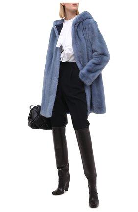 Шуба из меха норки с капюшоном Yves Salomon светло-голубая | Фото №2