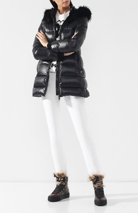 Женский стеганый пуховик с капюшоном DOLCE & GABBANA черного цвета, арт. I9314W/FUMQ4 | Фото 2