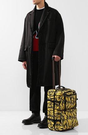 Дорожный чемодан на колесиках   Фото №2