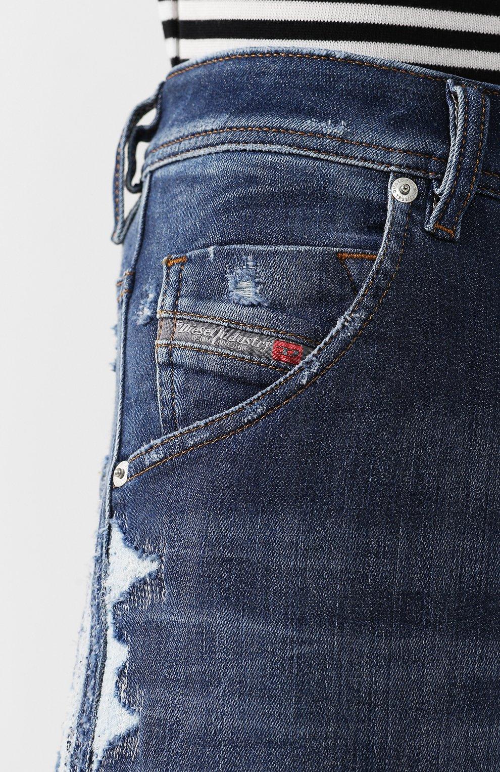 Джинсы прямого кроя с потертостями | Фото №5