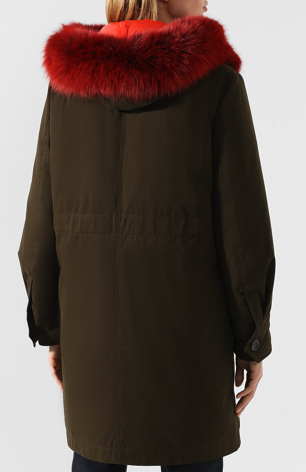 c9d362a8c78b Женские куртки Moncler по цене от 38 400 руб. купить в интернет-магазине ЦУМ