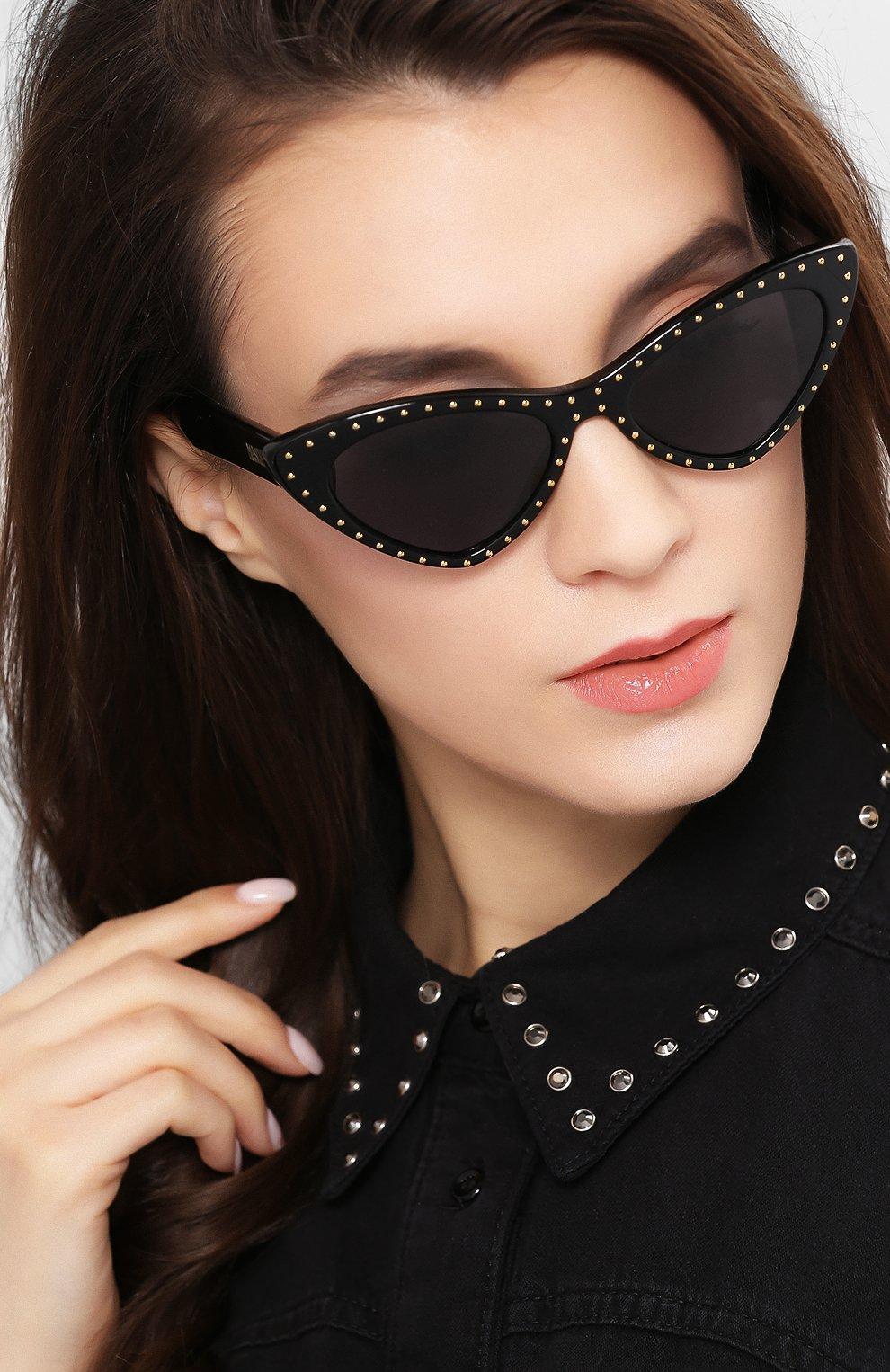 Женские солнцезащитные очки MOSCHINO черного цвета, арт. M0S006 807 | Фото 2