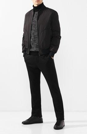 Мужские кашемировые брюки прямого кроя с поясом на резинке BOTTEGA VENETA черного цвета, арт. 511144/VELA0 | Фото 2 (Длина (брюки, джинсы): Стандартные; Материал внешний: Шерсть, Кашемир; Статус проверки: Проверено, Проверена категория; Мужское Кросс-КТ: Брюки-трикотаж; Случай: Повседневный; Стили: Минимализм)