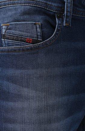 Джинсы прямого кроя Diesel синие | Фото №5