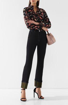 Женские джинсы со стрелками BOTTEGA VENETA хаки цвета, арт. 544914/VEW51 | Фото 2