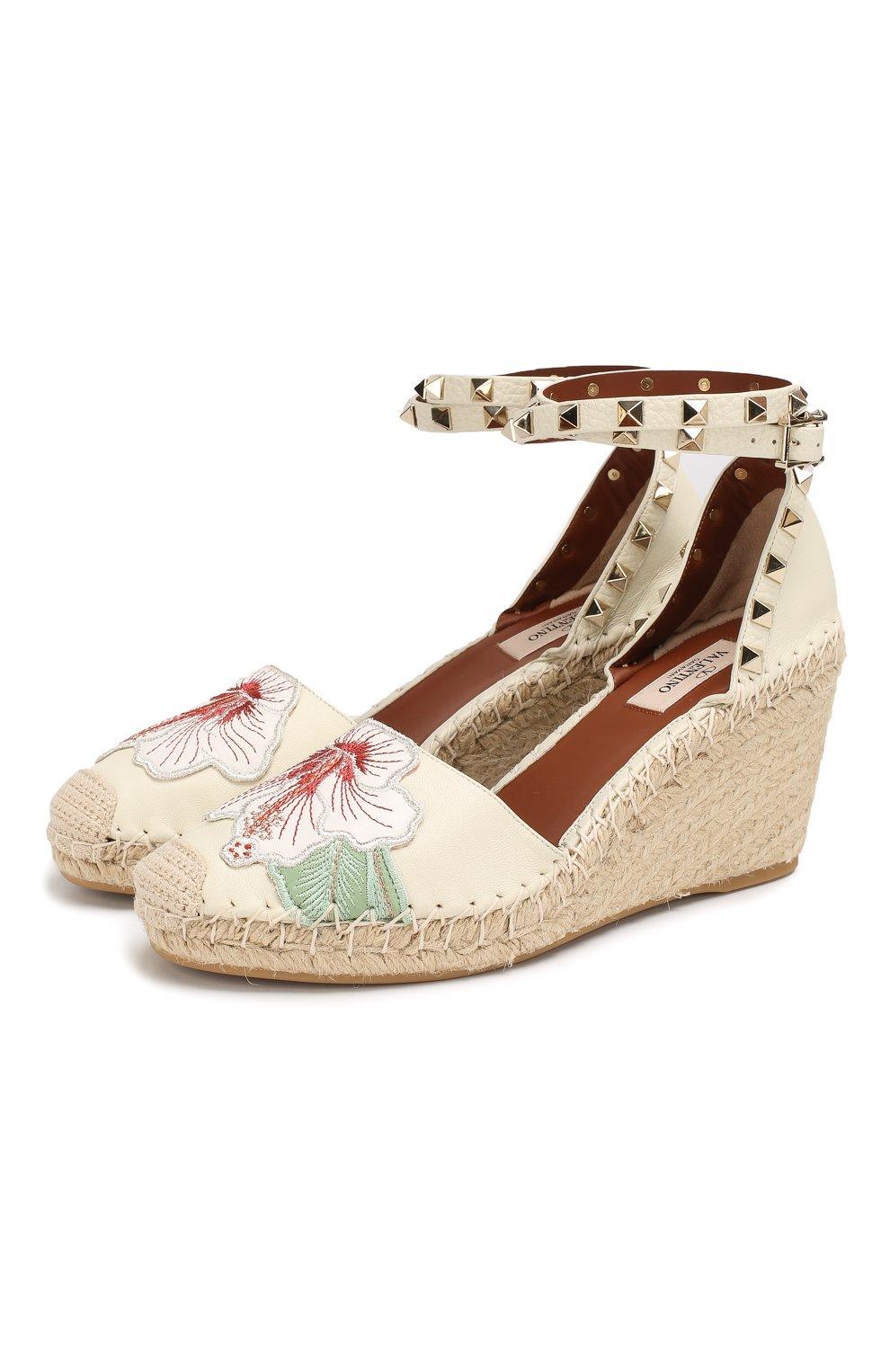 Женская обувь Valentino по цене от 16 500 руб. купить в интернет-магазине  ЦУМ 4808fbf31b8