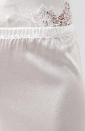 Женские шелковые брюки COTTON CLUB кремвого цвета, арт. 4ZQ | Фото 5 (Материал внешний: Шелк; Женское Кросс-КТ: Брюки-белье; Длина (брюки, джинсы): Стандартные; Статус проверки: Проверено, Проверена категория)