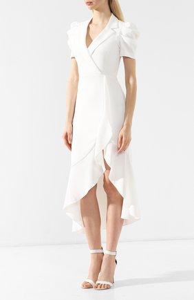 Платье с оборкой Alice + Olivia белое | Фото №3