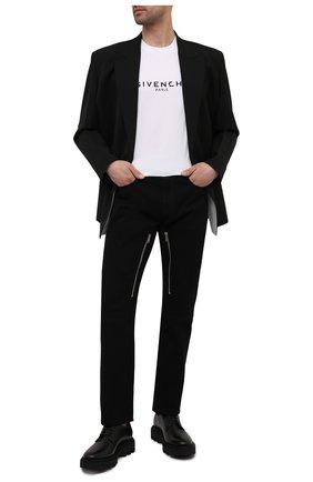 Мужская хлопковая футболка GIVENCHY белого цвета, арт. BM70K93002 | Фото 2 (Статус проверки: Проверено, Проверена категория; Рукава: Короткие; Длина (для топов): Стандартные; Мужское Кросс-КТ: Футболка-одежда; Вырез: Круглый; Материал внешний: Хлопок; Принт: С принтом; Стили: Кэжуэл)