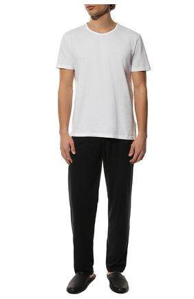 Мужские комплект из двух хлопковых футболок EMPORIO ARMANI белого цвета, арт. 111647/CC722 | Фото 2