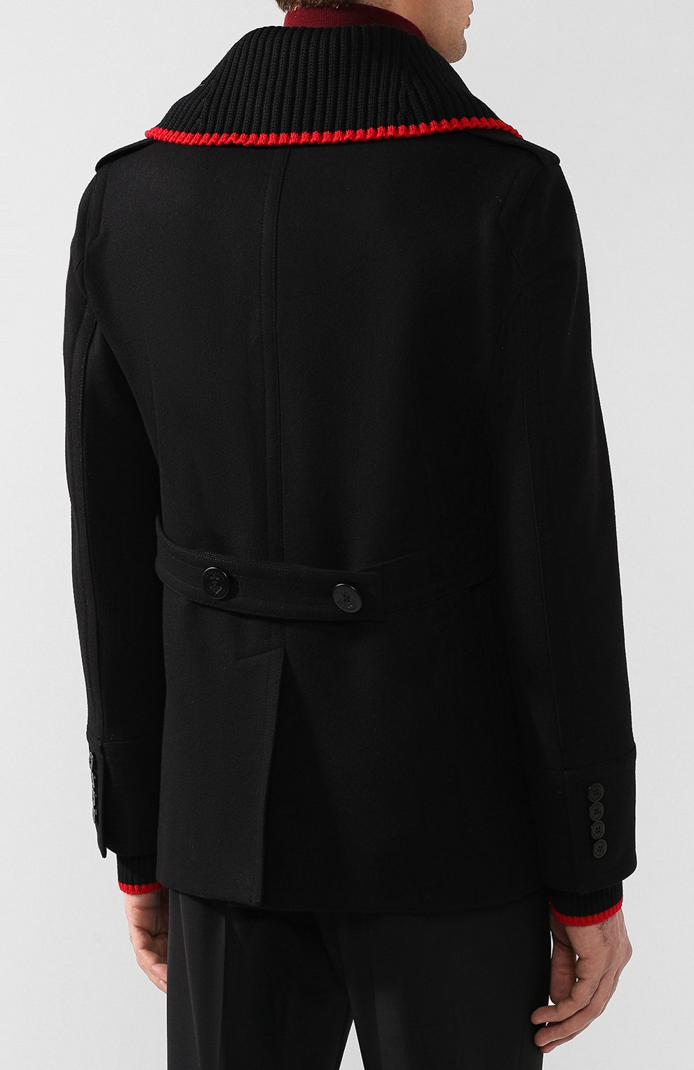 Мужские пальто и плащи Burberry по цене от 37 900 руб. купить в интернет- магазине ЦУМ 033334e4abe
