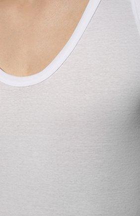 Мужская хлопковая майка ZIMMERLI белого цвета, арт. 222-1470   Фото 5 (Мужское Кросс-КТ: Майка-белье; Кросс-КТ: бельё; Рукава: Короткие; Длина (для топов): Стандартные; Материал внешний: Хлопок; Статус проверки: Проверена категория)