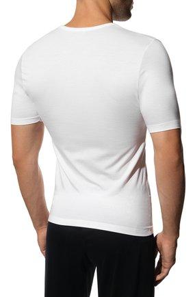 Мужская футболка из вискозы ZIMMERLI белого цвета, арт. 700-1339 | Фото 4 (Кросс-КТ: домашняя одежда; Рукава: Короткие; Длина (для топов): Стандартные; Мужское Кросс-КТ: Футболка-белье; Материал внешний: Вискоза; Статус проверки: Проверена категория)