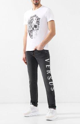 Джинсы прямого кроя Versus Versace серые | Фото №2