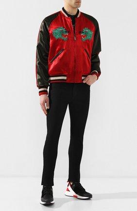 Мужские джинсы-скинни GUCCI черного цвета, арт. 543712/XDAHN | Фото 2