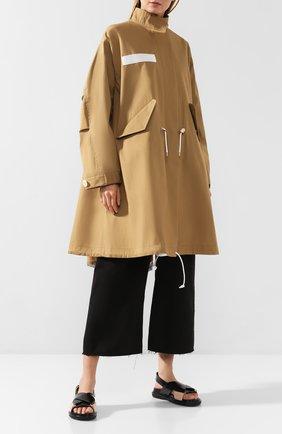 Женское хлопковое пальто SACAI бежевого цвета, арт. SCW-004 | Фото 2