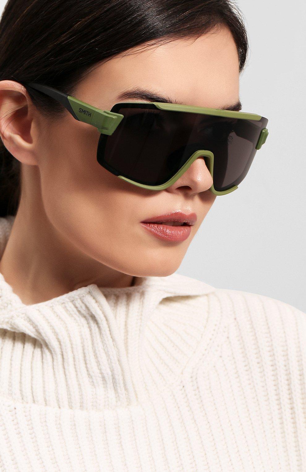 Женские солнцезащитные очки SMITH зеленого цвета, арт. WILDCAT SIF | Фото 2