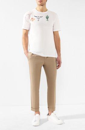 Мужской хлопковые брюки NEIL BARRETT бежевого цвета, арт. PBPA635/L032 | Фото 2