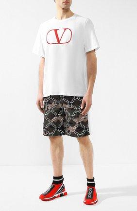 Мужская хлопковая футболка  VALENTINO белого цвета, арт. RV0MG01PPMA | Фото 2
