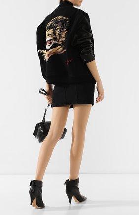 Джинсовая куртка с кожаными рукавами | Фото №2