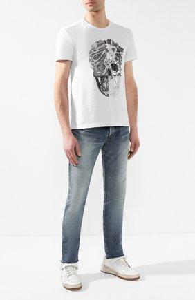 Мужские джинсы прямого кроя SAINT LAURENT синего цвета, арт. 551339/Y962T | Фото 2