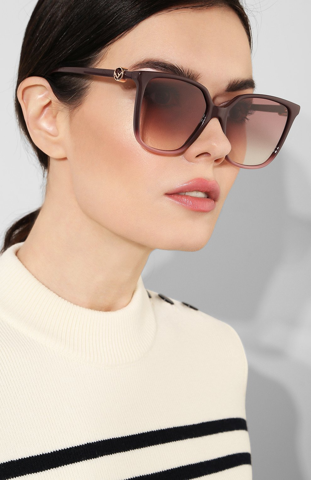 Женские солнцезащитные очки FENDI фиолетового цвета, арт. 0318 8CQ   Фото 2