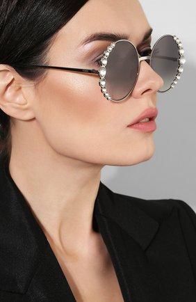 Солнцезащитные очки Fendi серебряные | Фото №2