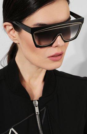 Солнцезащитные очки Loewe черные   Фото №2