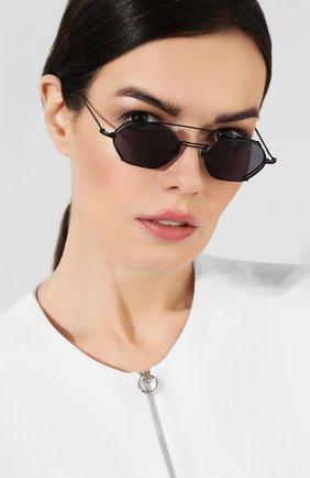 Женские солнцезащитные очки ILLESTEVA черного цвета, арт. L0LA MATTE BLACK   Фото 2 (Статус проверки: Проверена категория, Проверено; Тип очков: С/з; Очки форма: Узкие, Овальные; Оптика Гендер: оптика-унисекс)