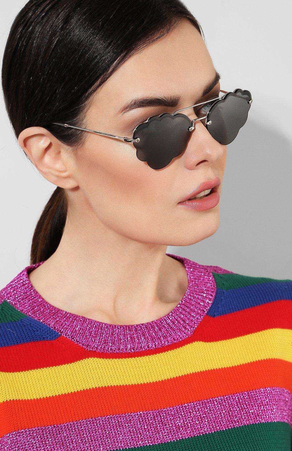 Солнцезащитные очки Miu Miu серые | Фото №2