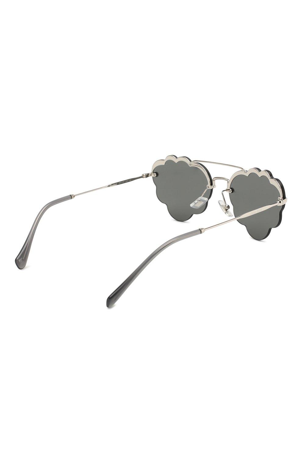 Женские солнцезащитные очки MIU MIU серого цвета, арт. 57US-1BC175   Фото 4